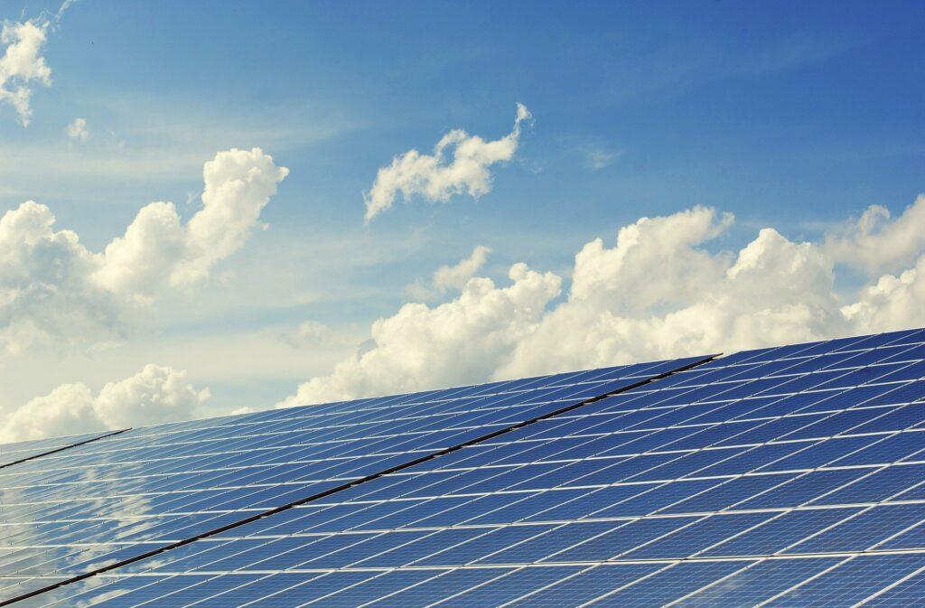 Solceller er et godt middel til at spare på energi